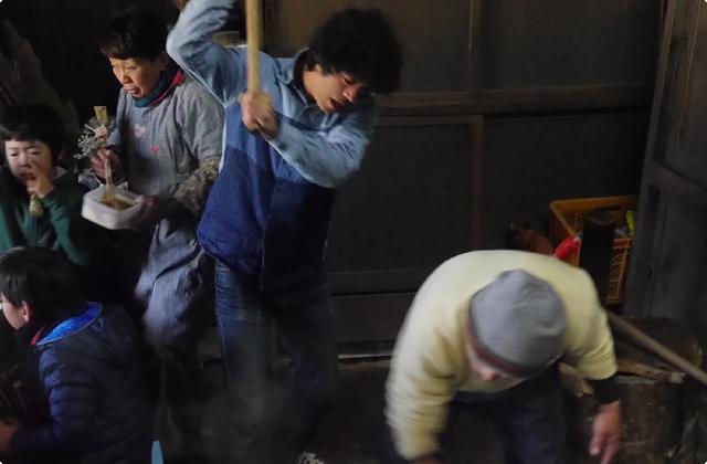 モノ散歩特別編!小川コータの沿線散歩 「枯れぬ泉に守られた茅葺きの家」