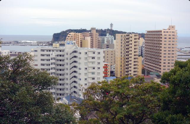 (5)海が見える階段を経て、湘南江の島へ